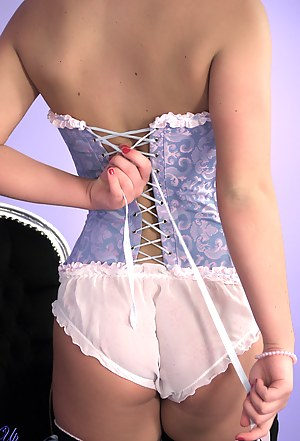 Free Teen Corset Porn Pictures