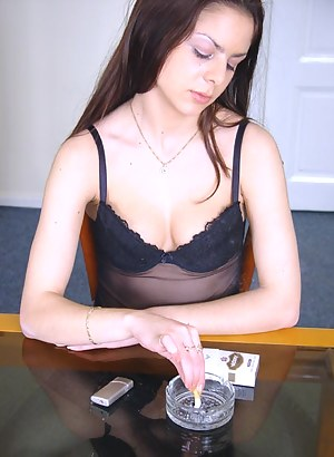 Free Teen Smoking Porn Pictures